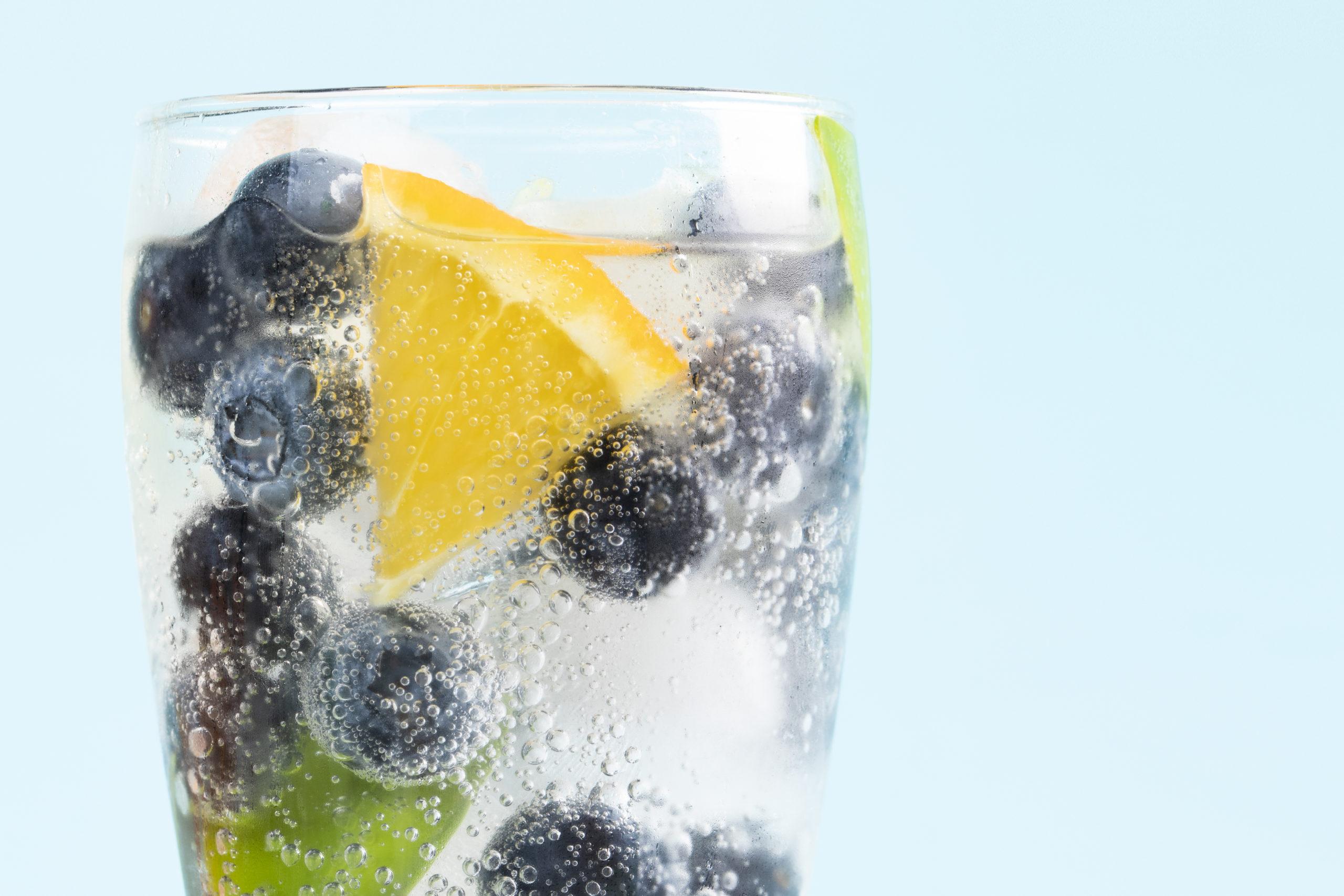 气泡水与无酒精饮料的夏天怎么能少了葡萄籽?